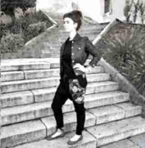 Spodnie baggy - złote monstery mimi monster czarne, dresowe