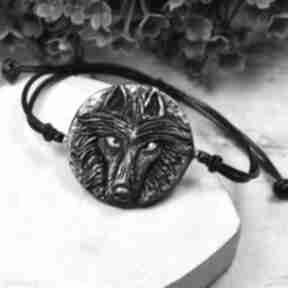 Bransoletka wilk w odcieniach srebra i czerni kameleon wilk
