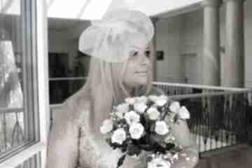 Ślubny toczek ozdoby do włosów fascynatory fascynator, ecru