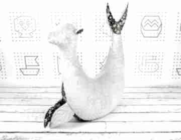 Foka rebeka gwiazdy gray - poduszka do karmienia dla dziecka