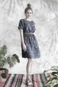 Sukienka niebieska w kwiatki sukienki hanka sukienka, midi