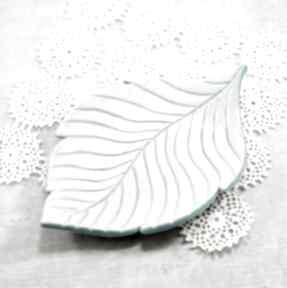 Mydelniczka liść ceramika pracownia ako liść, mydelniczka
