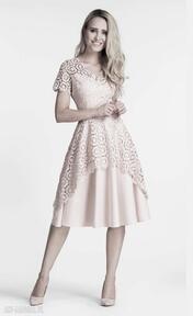Sukienka trini midi koronka pastelowy róż sukienki livia clue