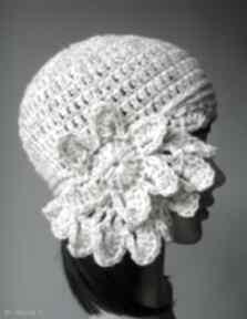 Ukwiecona czapki izabelaart1 modna, ciepła, wełniana,