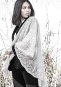 chustki i apaszki: chusta jedwabna kobieca prezent szal dziergany