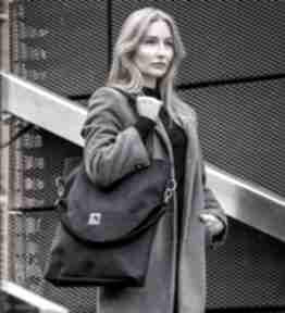 Czarna torba z zamszu ekologicznego na ramię bags philosophy