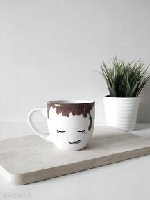 Kubek zalany kawą - 450 ml kubki muki design duży, malowany