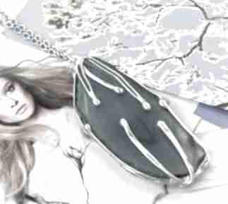Pod choinkę? Wisiorek z łańcuszkiem: niebieskim agatem naszyjniki