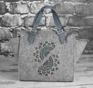 Filcowy kuferek damski ze skórzanymi wstawkami torebki etoi