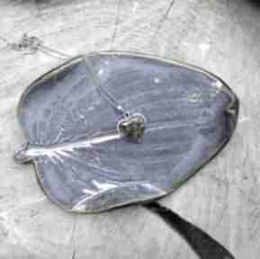ceramikatalerzyk liść biala-szałwia podstawka palo-santo