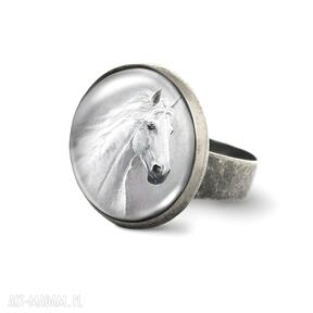 Pierścionek - biały koń antyczny brąz liliarts pierścionek,