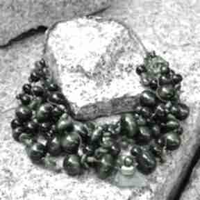 Zielony masywny naszyjnik z korali drewnianych korale pmpb style