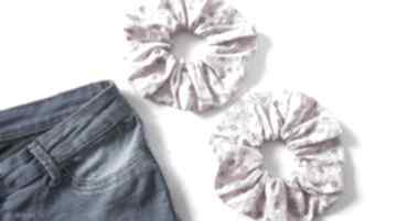 Scrunchie frotka gumka do włosów z materiału ozdoby art anette