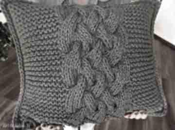 Poduszka splatana inaczej poduszki splociarnia poduszka, sznurek