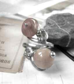 Regulowany pierścionek: z agatem i karneolem witrazka