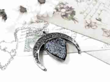 Lunula z tytanową łezką wisiorki viviart lunula, księżyc, agat