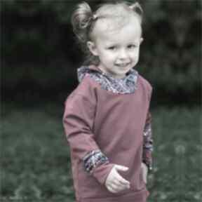 Bluza dziewczęca z kapturem kalejdoskop bordowa zygzak bluza