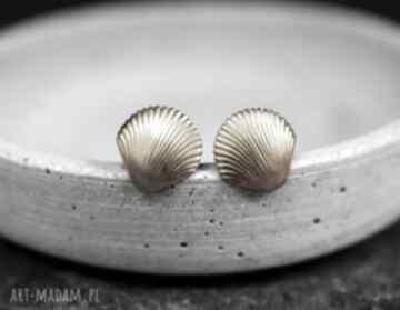 70s muszelki kolczyki vintage złoto morze elegancja wyjątkowe