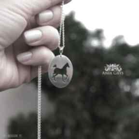 Wisiorek z koniem wisiorki anna grys koń, horse, naszyjnik