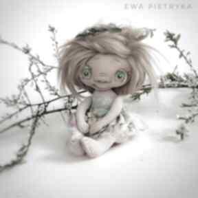 dekoracje Szkrab - lalka kolekcjonerska - figurka tekstylna