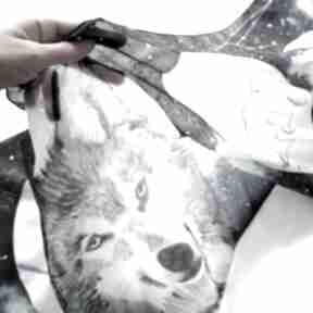 chustki i apaszki. Wilk i fazy księżyca - ręcznie malowany szal