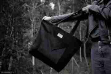 Sztruksowa, czarna torba na ramie shopper bag piąteczka ramię