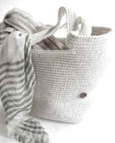 Duża torba typu shopper bag wykonana w całości szydełkiem