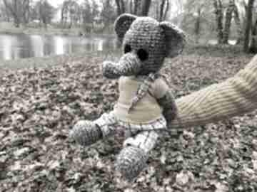 Benjamin - szydełkowy słonik, personalizacja zabawki wernika