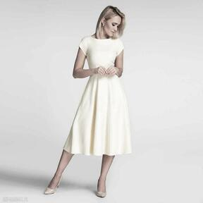 Sukienka klara total midi pastelowy żółty sukienki livia clue