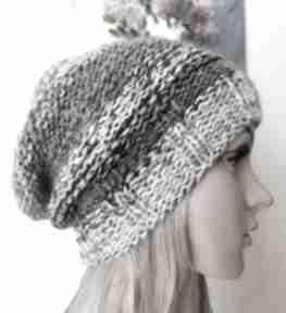 Czarna czy biała dwustronna czapka czapki buenaartis rękodzieło