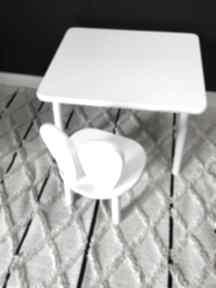 Białe meble dziecięce stolik i krzesełko królik pokoik dziecka