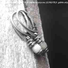 Byle do wiosny kolczyki z morganitu i srebra szarotka morganit
