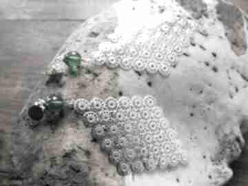 Klipsy długie duże boho kolor zielono - srebrne -box x1 na 10 cm
