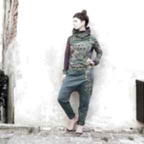 Spodnie baggy maja - pawie pióra mimi monster zielone dresowe