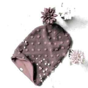Bordowa ciepła elegancka czapka z supełkami czapki freefroo