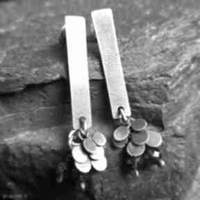 Minimalistyczne kolczyki ze srebra z granatami treendy srebra