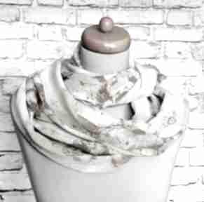 Lekki elegancki szyfonowy szal komin koło kominy freefroo szyfon