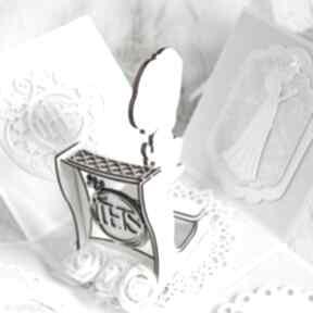 Święta prezent. Pudełko kartka komunia święta kartki po godzinach