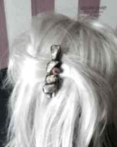 Spinka do włosów z surowym bursztynem mlecznym na klipsie