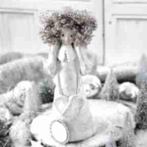 dekoracje. Wyjątkowy anioł stróż, wykonany dłońmi