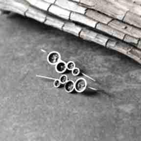 Srebrne kolczyki organiczne z druzami minerału shambala