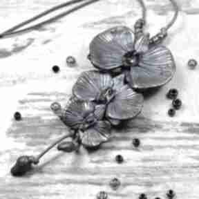 """Oryginalny wisior """"orchidee"""" w odcieniach srebra, granatu i rózu"""