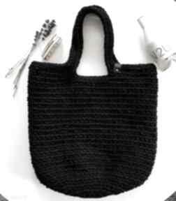 Damska torba shopperka czarna szydełkowa na ramię
