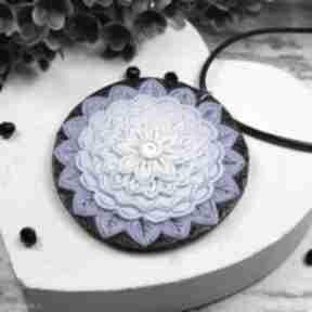 Wisiorek mandala w odcieniach niebieskiego i błękitu wisiorki
