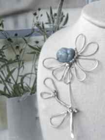 Broszka kwiat z niebieskim kamieniem broszki witrazka duża kwiat