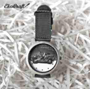 Drewniany zegarek z motywem militarnym military car zegarki