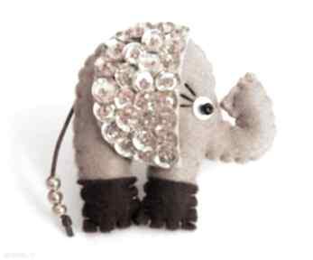 Cekinowy słoń na szczęście broszka z filcu broszki tinyart filc