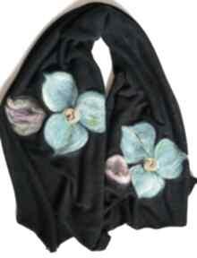 Granatowy szal damski zimowy z wełną merynosów handmade - komin