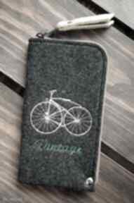 etui? Filcowe etui na telefon - vintage bike