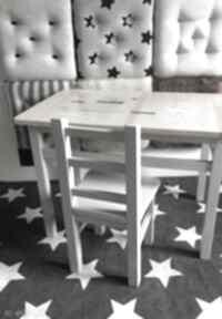 Stolik i 2 krzesełka pokoik dziecka wnetrze z gustem meble